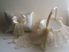 Jeu de mariage, panier de fille de fleur, oreiller d'anneau, CLUSTER à la main…