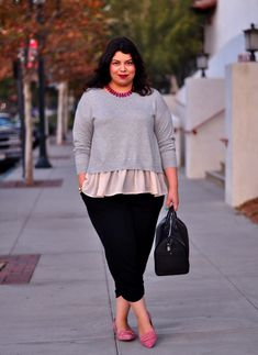 Plus size outfit idea: flutter sweater plus size fashion fas Curvy Outfits, Plus Size Outfits, Fall Outfits, Casual Outfits, Curvy Fashion, Plus Size Fashion, Girl Fashion, Fashion Outfits, Plus Size Girls