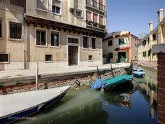 Holiday apartment in Venice, Veneto, Santa Croce, Venice with air con, TV, DVD