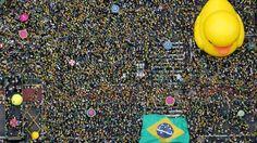Imagem aérea do protesto na avenida Paulista - 13/03/16http://exame.abril.com.br//brasil/noticias/as-imagens-dos-protestos-contra-dilma-deste-domingo/lista