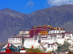 Potala Palace - A Magnificent Building In Tibet