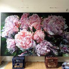 studio shot_Marcella Kaspar_China on … Oil Painting Flowers, Watercolor Flowers, Watercolor Art, Flower Paintings, Painting Art, Art Floral, Acrylic Flowers, Big Flowers, Botanical Art