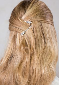 Elegant and delicate crystal marquise with an eye-catching sparkle ~ Markeesa bobby pins. She glows in Lilla Rose! Easy half up hairstyle for work or school. Pigtail Hairstyles, Bobby Pin Hairstyles, Try On Hairstyles, Headband Hairstyles, Braided Hairstyles, Short Hair Lengths, Short Hair Styles, Hair Scarf Styles, Wedding Hairstyles Half Up Half Down