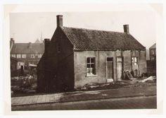 Hier woonde het gezin van Josephus Vermunt en Johanna Elisabeth Voogt in 1908 . Totdat de ene broer de andere, een drinkeboer, doodsloeg met een schop omdat hij zijn moeder wilde mishandelen,