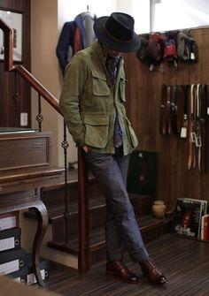 dress it down // suit, hat, safari