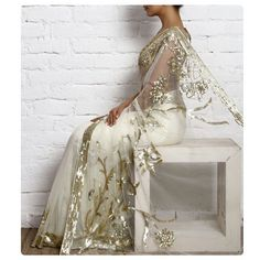 Cream Net Sequined Saree-This is simply gorgeous! Pakistani Couture, Indian Couture, Beautiful Saree, Beautiful Dresses, Elegant Dresses, Indian Dresses, Indian Outfits, Indische Sarees, Saree Wedding