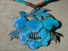 Kingfisher Feather Necklace - Magnificent Antique Poppy/Lotus Blossom Pendant - Chinese Dress Accessory