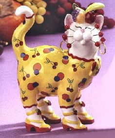 WhimsiClay Cat Figurine - Carmelita by Amy Lacombe