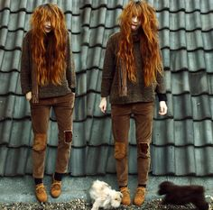 Sweater, Corduroy Pants, Oxfords, Melle, Ronja. This outfit looks amazingly comfortable ... and she is adorable.