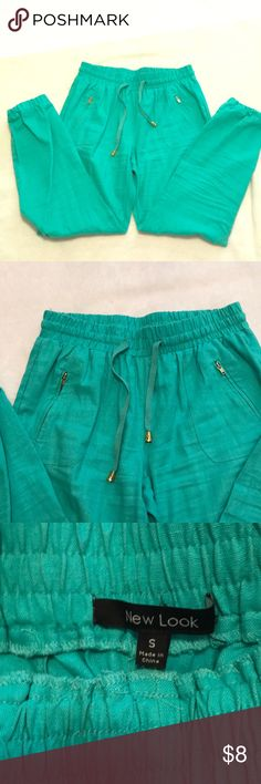 New Look pants ankle cropped Like new condition, use ones, beautiful aqua color , zipper pocket at front, super comfortable New Look Pants Ankle & Cropped