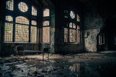 Abandoned beelitz heilstã ¤ tten military hospital in berlin вокруг света, Places Around The World, Around The Worlds, South Australia, Fantasy Artwork, Abandoned Places, High Quality Images, Big Ben, Creepy, Travel Photography