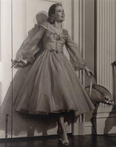 "Eric Carpenter, photo (1909-1976, USA) | Grace Kelly, actress (1929-1982, USA) in ""High Society"", 1956"