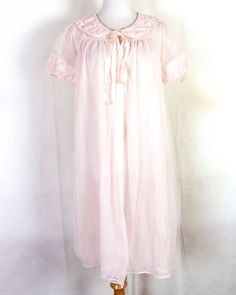 6c64f49da56 vtg 50s 60s Hollywood Vassarette Pink Chiffon Nylon Sheer Peignoir Robe Top  sz S
