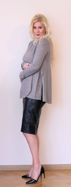 """100 % Cashmere cardigan from the REPEAT """"Doutzen's Favourites"""" Collection"""