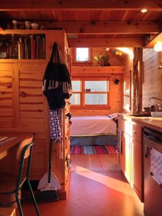 Jenn's Big Heart Tiny House - loved the layout until I realized there was no bathroom.