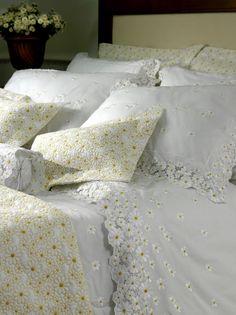 O modelo Margherita, da linha Prima Classe, é um produto da Trussardi (www.trussardi.com.br), feito com algodão 250 fios. O jogo de lençol está à venda por R$ 1.423