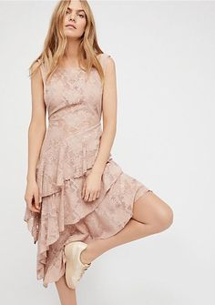 FREE PEOPLE Florence Lace Slip Dress in Ballerina Size M  128.00 NWT   OB584091  3abd0152fb8b