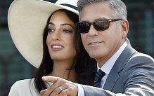 George Clooney ensured that his four-day Venetian wedding had the happiest of endings today as his marriage to British barrister Amal Alamuddin was finally made official in a 600 Euro civil ceremony in the Italian city.