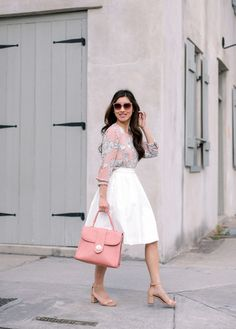 2693d37c94b Affordable work outfit ideas    pink print blouse + white A line skirt.