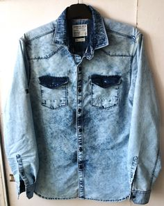 Rag washed denim shirt Jean Shirts, Boys Shirts, Denim Shirt Men, Denim Jeans, Stylish Boys, Shirt Jacket, Shirt Style, Shirt Designs, Street Wear