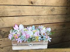 DeniMar / Veľkonočná dekorácia Floral Wreath, Decorative Boxes, Wreaths, Home Decor, Floral Crown, Decoration Home, Door Wreaths, Room Decor, Deco Mesh Wreaths