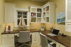 Love the shelves above the desk