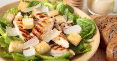 Recette de Salade caesar au poulet et au parmesan. Facile et rapide à réaliser, goûteuse et diététique. Ingrédients, préparation et recettes associées.