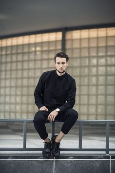 Marcel Floruss - (B)lack of color Boy Fashion, Mens Fashion, Fasion, One Dapper Street, Masculine Style, Tailored Shirts, Well Dressed Men, Gentleman Style, Men Dress