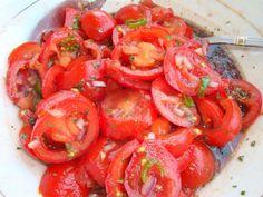 Ces 12 aliments, très faibles en calories, vont vous aider à perdre du poids et à vous rassasier rapidement ! Lire la suite /ici :http://www.sport-nutrition2015.blogspot.com