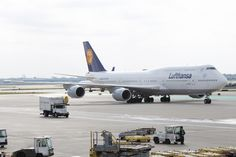 258 best airline news images on pinterest cottages air travel and the inaugural landing of lufthansas queen of the skies at chicago ohare international airport on october photos francis son fandeluxe Images