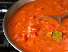 Classic Southern Tomato Gravy - Barkley s Mill on Southern Cross Farm Kids Cooking Recipes, Dinner Recipes For Kids, Cooking Tips, Heart Healthy Recipes, Healthy Snacks, La Marmite, Tomato Gravy, French Dip, Healthy Sandwiches