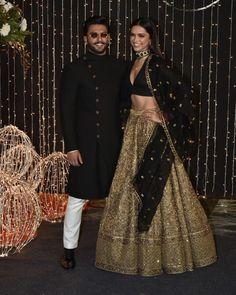 Priyanka Chopra Nick Jonas's Mumbai Wedding Reception saw some of the best dressed Bollywood Celebrities attend the party. Here are my favourite looks. Indian Reception Outfit, Indian Wedding Outfits, Indian Outfits, Indian Clothes, Indian Wedding Receptions, Reception Dresses, Wedding Mandap, Indian Weddings, Wedding Dresses
