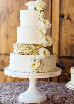 Wedding Cake Stand Gallery