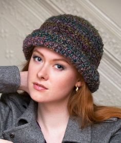 City Sophisticate Hat Free Crochet Pattern from Red Heart Yarns