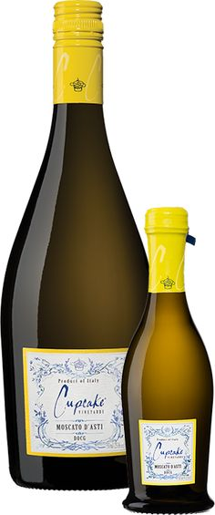 Crafted with fine effervescence that tickles the palate, Cupcake Moscato d'Asti is a vibrant wine with flavors of nectarine, honey and peach. Cupcake Wine Moscato, Best Moscato Wine, Wine Cupcakes, Reception Invitations, Wine Down, Cupcake Flavors, Sweet Wine, Wine Brands, Yummy Drinks
