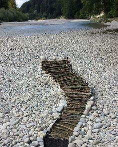 #emme #fluss #river #bern #schweiz  #steine #holz #sammeln #ambis #charmingspirits