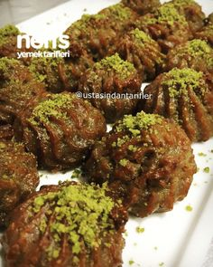 rezept How to make brunette beauty dessert recipe? Here is a picture of the Brunette Beauty Dessert Recipe in the book of 473 people and the photos of the experimenters. Delicious Desserts, Dessert Recipes, Yummy Food, Yummy Recipes, Steak Recipes, Slow Cooker Recipes, Turkish Sweets, German Bread, Fermented Cabbage
