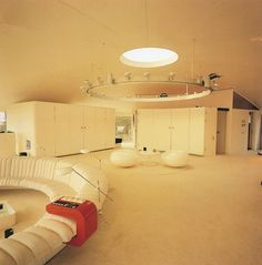 In 1967, an architectural competition was held by a Danish airline company and travel business to design a house to be used by tourists in Spain. A Swedish architect, Staffan Berglund won the competition for his plastic domed shaped house design. It was never put into production. Instead, Spies commissioned the winning architect to build him a home in southern Stockholm. It was completed in 1969. He called it The Villa Spies.