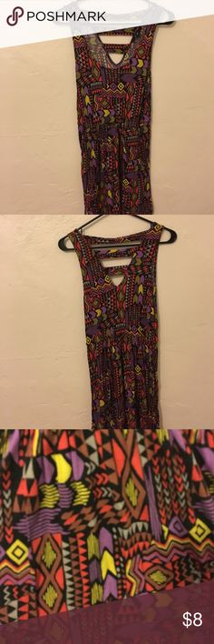 🎉 Tribal dress with pockets! Tribal print tank dress. With pockets! Strappy back! Cinched waist Forever 21 Dresses