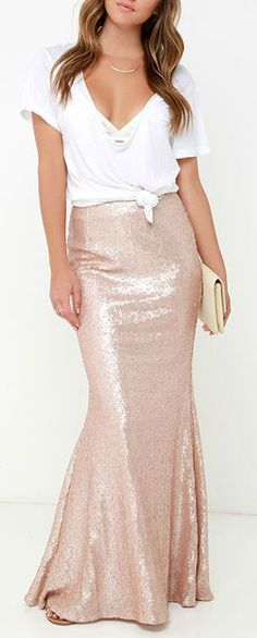 Take a trip to the moon and dance among the stars with the Kickin' Up Stardust Blush Sequin Maxi Skirt! Blush sequins bedazzle on this beautiful maxi skirt. Skirt Outfits, Dress Skirt, Cute Outfits, Bar Outfits, Vegas Outfits, Night Outfits, Casual Outfits, Haute Couture Style, Look Fashion
