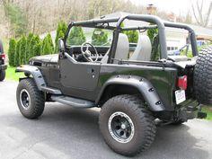 Car brand auctioned:Jeep Wrangler SE Sport Utility 2-Door 1995 Car model jeep wrangler se sport utility 2 door 2.5 l