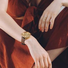 Sustainable and ethically made gold watch with mirrored gold face and a brown leather band made from leather that would have otherwise gone to waste. Victorian Gentleman, Leather Scraps, Gold Face, Watch Faces, Timeless Classic, Stainless Steel Case, Brown Leather, Mindfulness, Collection