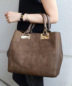【ZOZOTOWN|送料無料】Khaju(カージュ)のトートバッグ「《一部予約》Khaju: フェイクスエードバッグ■」(320-05-0062)を購入できます。