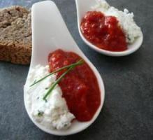 Recette - Cuillère apéritive purée de poivron & fromage de chèvre - Notée 4.5/5 par les internautes