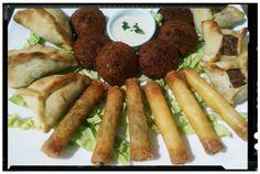 #mezzeh #falafel #sambusek #sfiha #fatayer #cucinalibanese #lebanesefood #lebanesecuisine #libanese #lebanese #libanese #ristorantelibanese #ristorantepozzuoli #pozzuoli #napoli #ristorantebeirut #foodporn #foodpic #foodies #foodiesnapoli