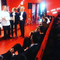 @salderiso premiato con #tretazzinetrechicchi nella guida bar 2017 del Gambero Rosso e tra i finalisti del bar dell'anno #bar2017GR #30annigambero Connection, Wrestling, Bar, Sports, Instagram Posts, Sport
