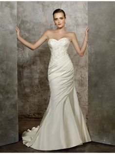 Very Pretty and Lovely Mermaid Style Wedding Dress
