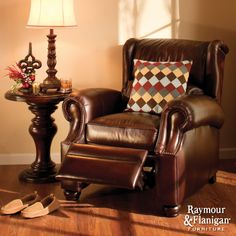 Van Gogh Recliner | If beauty is an art form, this leather recliner is a true masterpiece.