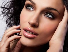 The Best 30-Second Tricks for Bigger Eyes