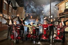 Sneak peek at the Midnight Memories video. I'm pretty sure that this is going to be the weirdest music video yet.